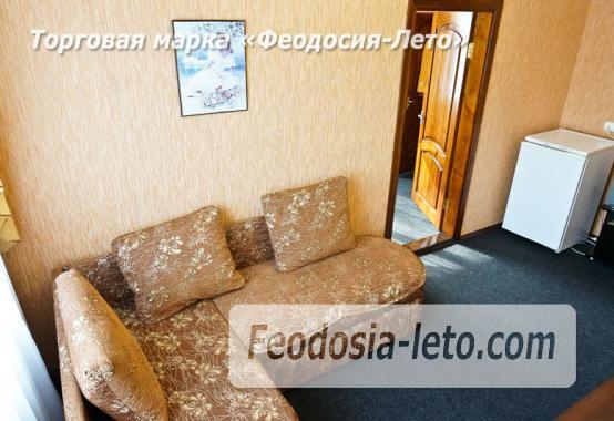 Отель в Феодосии рядом с Белым бассейном на улице Русская - фотография № 7