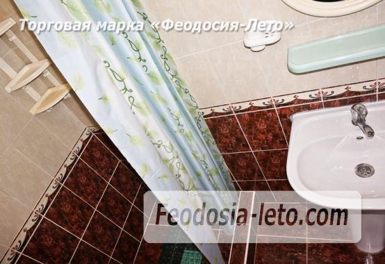 Отель в Феодосии рядом с Белым бассейном на улице Русская - фотография № 17