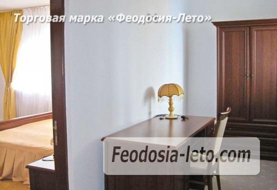 Отель рядом с центральной набережной Феодосии на улице Революционная - фотография № 21