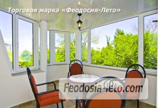 Отель рядом с центральной набережной Феодосии на улице Революционная - фотография № 24