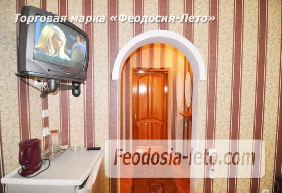 Отель в Феодосии рядом с центральной площадью на улице Земская - фотография № 10