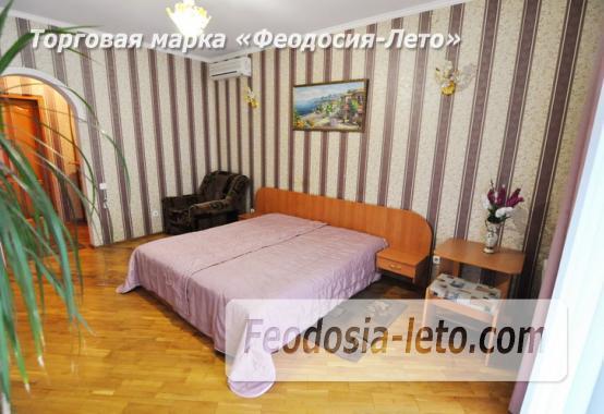 Отель в Феодосии рядом с центральной площадью на улице Земская - фотография № 4