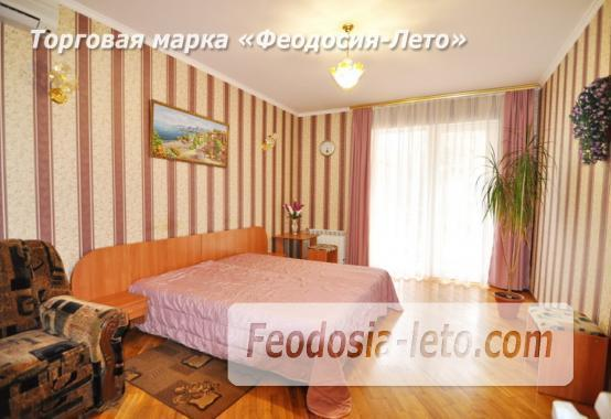 Отель в Феодосии рядом с центральной площадью на улице Земская - фотография № 5