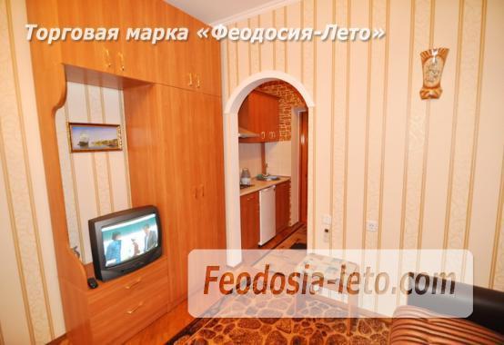 Отель в Феодосии рядом с центральной площадью на улице Земская - фотография № 14