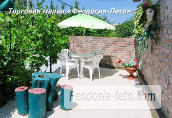 Отель в Феодосии рядом с Комсомольским парком на улице Калинина - фотография № 7