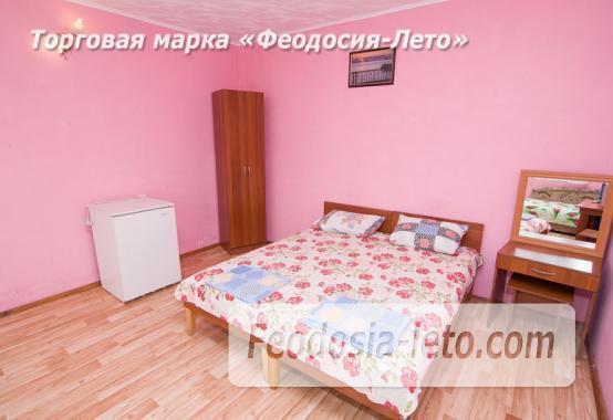 Отель в Феодосии рядом с Комсомольским парком на улице Калинина - фотография № 8