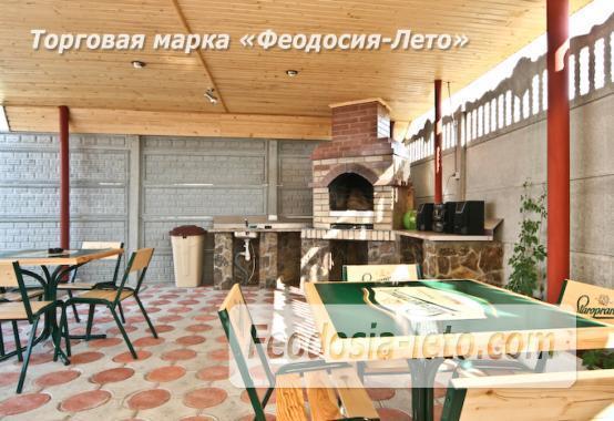 Отель с бассейном на улице Грина в Береговом - фотография № 5