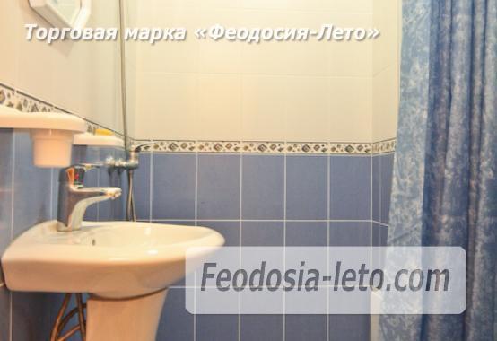 Отель с бассейном на улице Грина в Береговом - фотография № 18