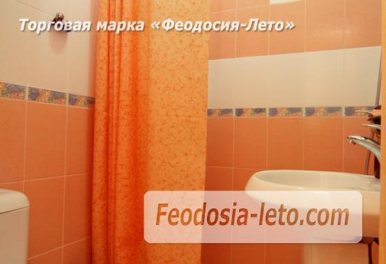 Отель с бассейном на улице Грина в Береговом - фотография № 20