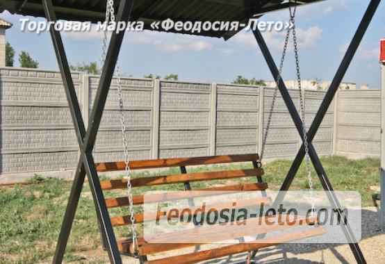 Отель с бассейном на улице Грина в Береговом - фотография № 7