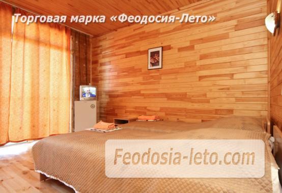 Отель с бассейном на улице Грина в Береговом - фотография № 14