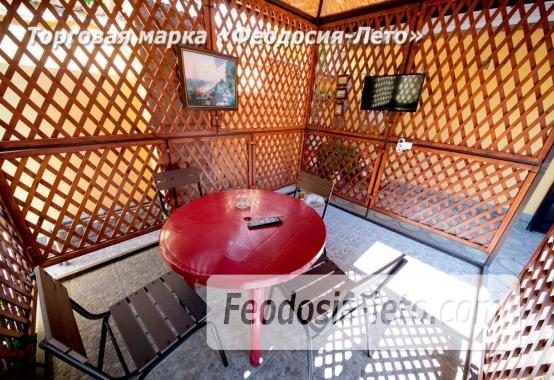 Отель в Феодосии с кухней в номерах на улице Богдановой - фотография № 40