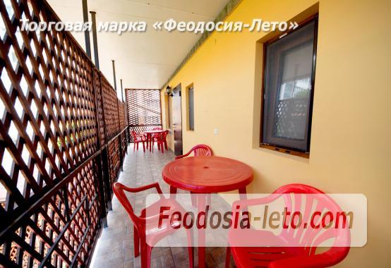 Отель в Феодосии с кухней в номерах на улице Богдановой - фотография № 23