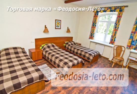 Отель в Феодосии в 5-ти минутах от моря на улице Калинина - фотография № 12