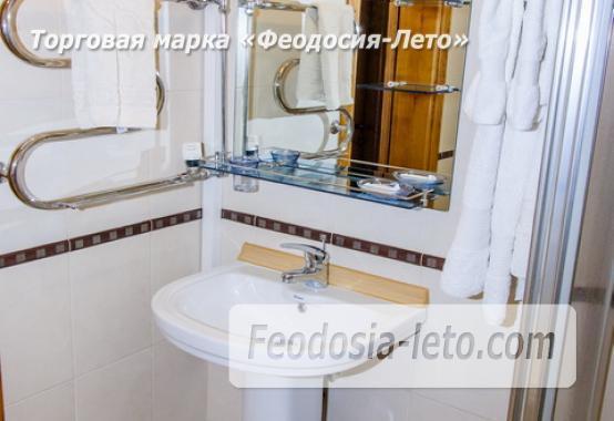 Отель в центре города на улице Куйбышева в Феодосии - фотография № 24