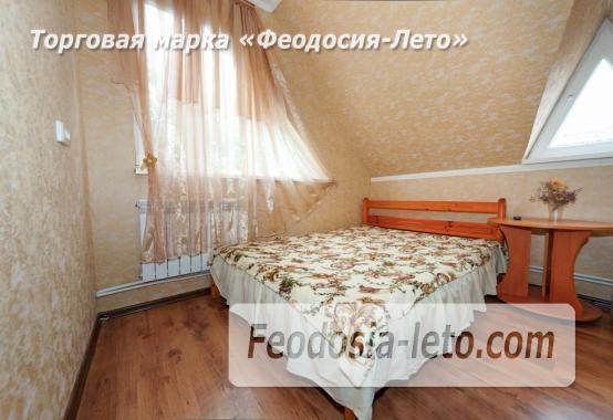 Частный сектор в г. Феодосия, район кинотеатра Украина - фотография № 1