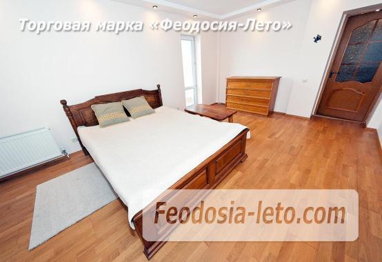 3 комнатная квартира в Феодосии, бульвар Старшинова, 10-А - фотография № 1