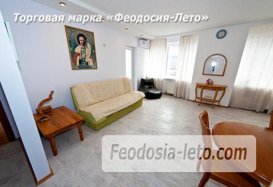 3 комнатная квартира в Феодосии, бульвар Старшинова, 10-А - фотография № 2