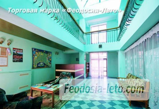 Современный 5-ти этажный отель на улице Федько в Феодосии - фотография № 4