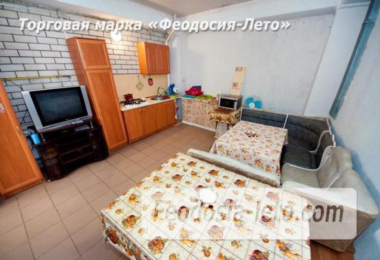 Тихий отель на улице 30 Стрелковой дивизии в Феодосии - фотография № 24