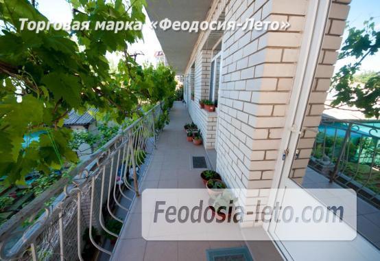 Тихий отель на улице 30 Стрелковой дивизии в Феодосии - фотография № 5