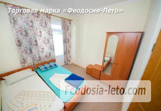 Тихий отель на улице 30 Стрелковой дивизии в Феодосии - фотография № 8
