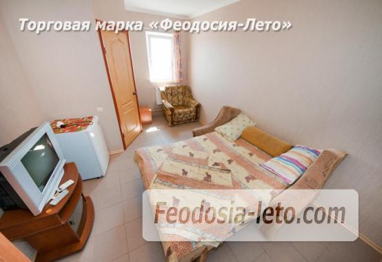 Тихий отель на улице 30 Стрелковой дивизии в Феодосии - фотография № 19