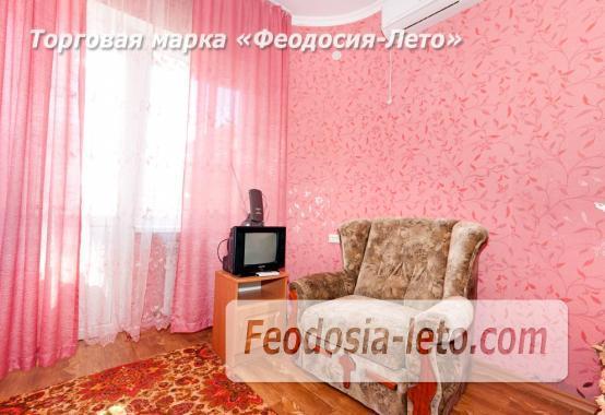 Дома в Феодосии у моря, рядом набережная и кинотеатр - фотография № 10