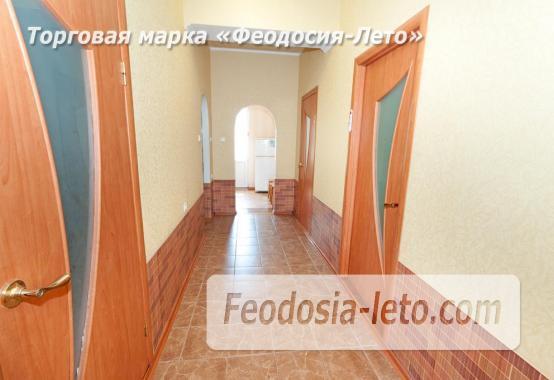 Дома в Феодосии у моря, рядом набережная и кинотеатр - фотография № 11