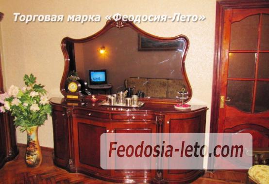 3 комнатная квартира в Феодосии, улица Крымская, 3 - фотография № 2
