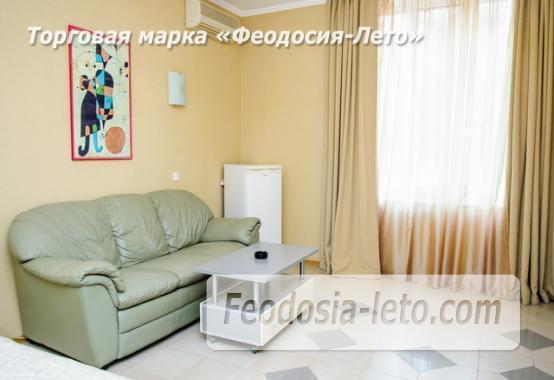 Красивый отель в Феодосии на лице Куйбышева - фотография № 3