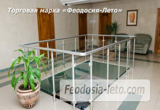 Красивый отель в Феодосии на лице Куйбышева - фотография № 16