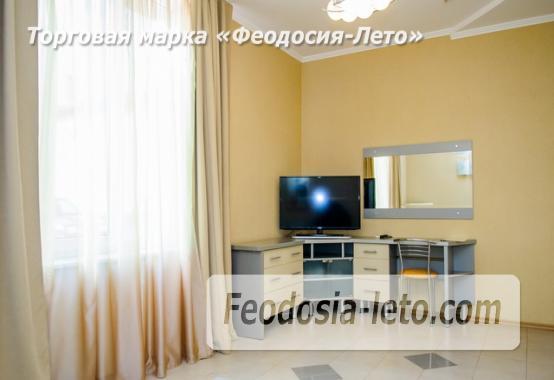 Красивый отель в Феодосии на лице Куйбышева - фотография № 4