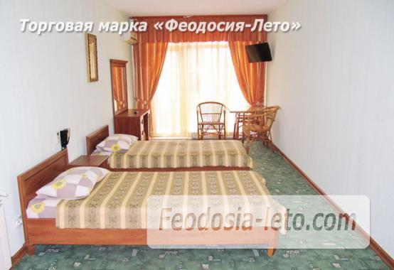 Отель со своим пляжем на улице Курортная - фотография № 5