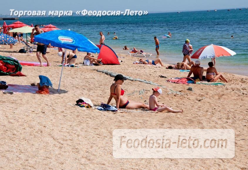 Пляжи Феодосии на Черноморской набережной - фотография № 19