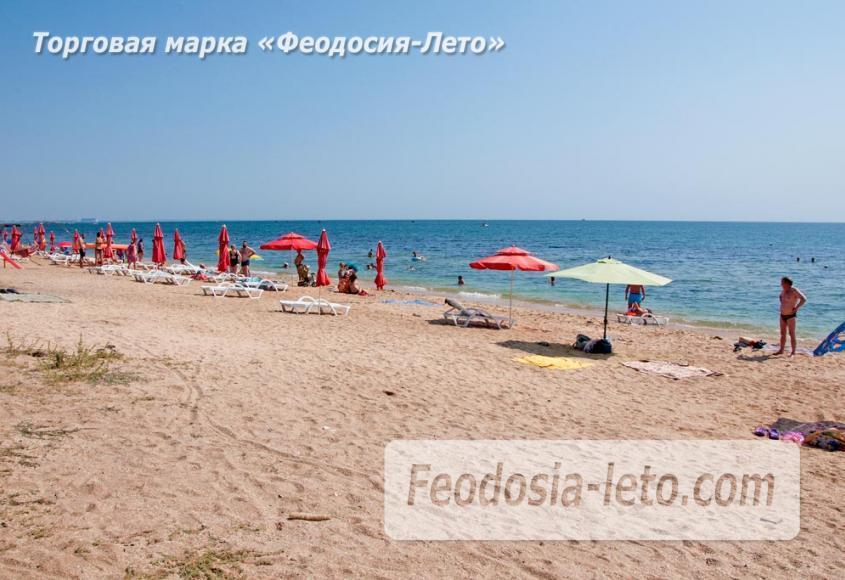 Пляжи Феодосии на Черноморской набережной - фотография № 22