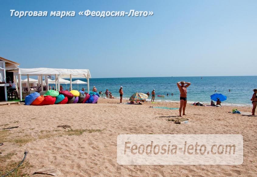 Пляжи Феодосии на Черноморской набережной - фотография № 25