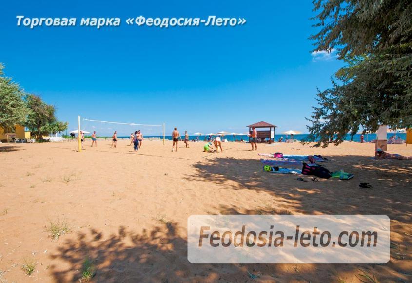 Семейный пляж в Феодосии песчаный на против микрорайона Ближние камыши - фотография № 2