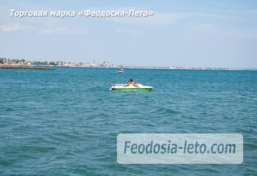 Галечный пляж Камешки в г. Феодосия - фотография № 25