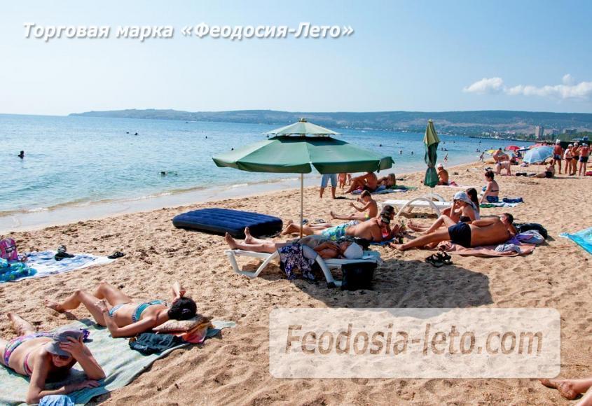 Пляжи Феодосии на Черноморской набережной - фотография № 7
