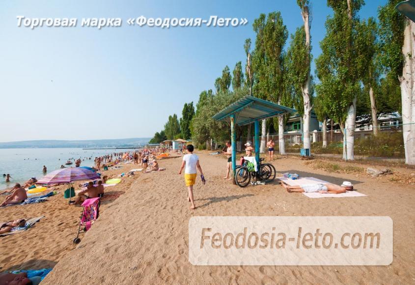 Пляж Динамо в Феодосии - фотография № 17