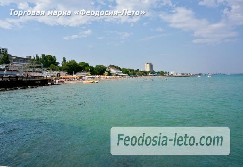 Центральный пляж Камешки в Феодосии - фотография № 13
