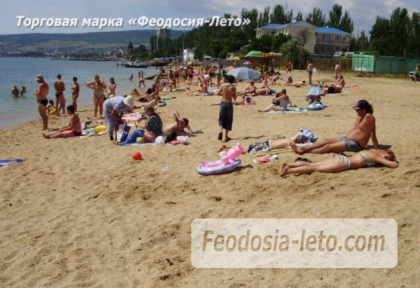 Пляж стадиона Динамо в Феодосии - фотография № 2