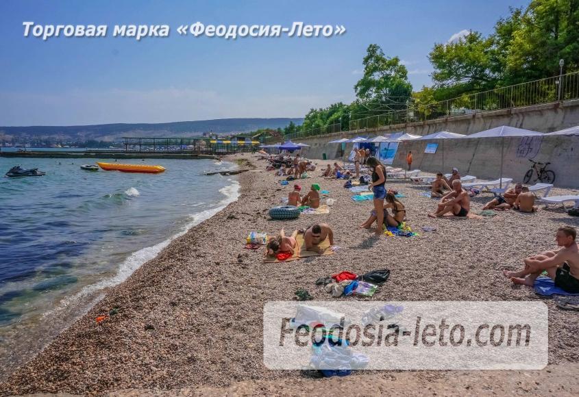 Пляж Ай-Петри, рядом с кафе Суворинские камни в Феодосии - фотография № 6