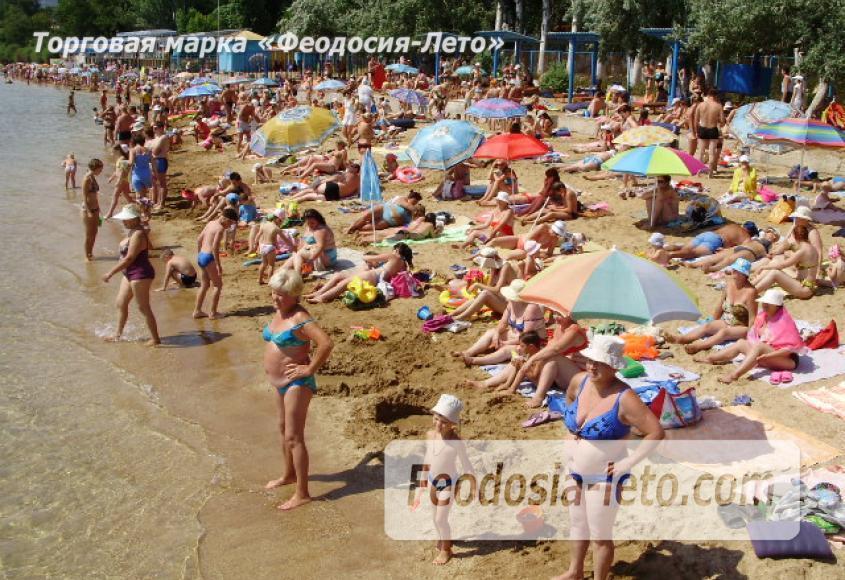 Пляж спортбазы Динамо в Феодосии - фотография № 12