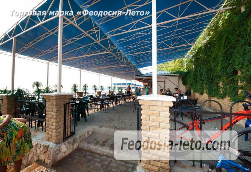 Пляж Лазурный берег (Динамо) в Феодосии - фотография № 7