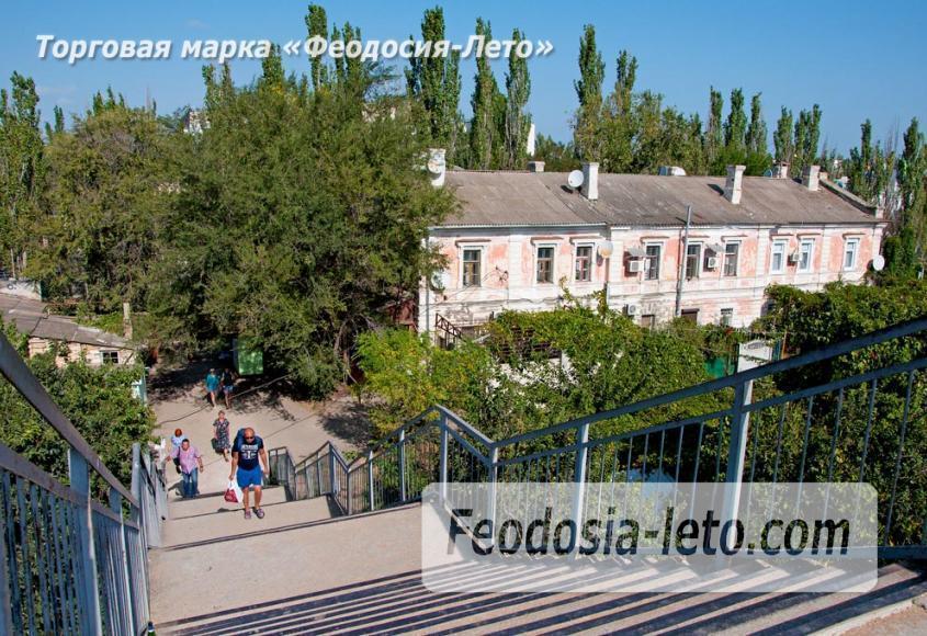 Мост в Феодосии на станции Айвазовская на пути к Черноморской набережной и пляжу - фотография № 8