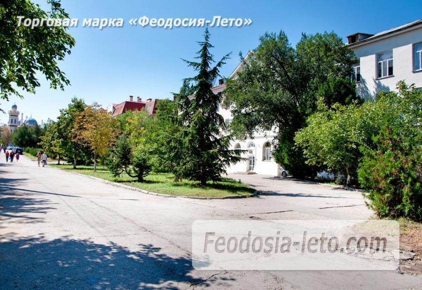Проспект Айвазовского в Феодосии - фотография № 4