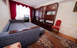 1 комнатная квартира в п. Приморский на улице Железнодорожная, 6