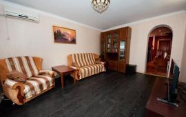 1 комнатная квартира в п. Приморский Феодосия, улица Южная, 13